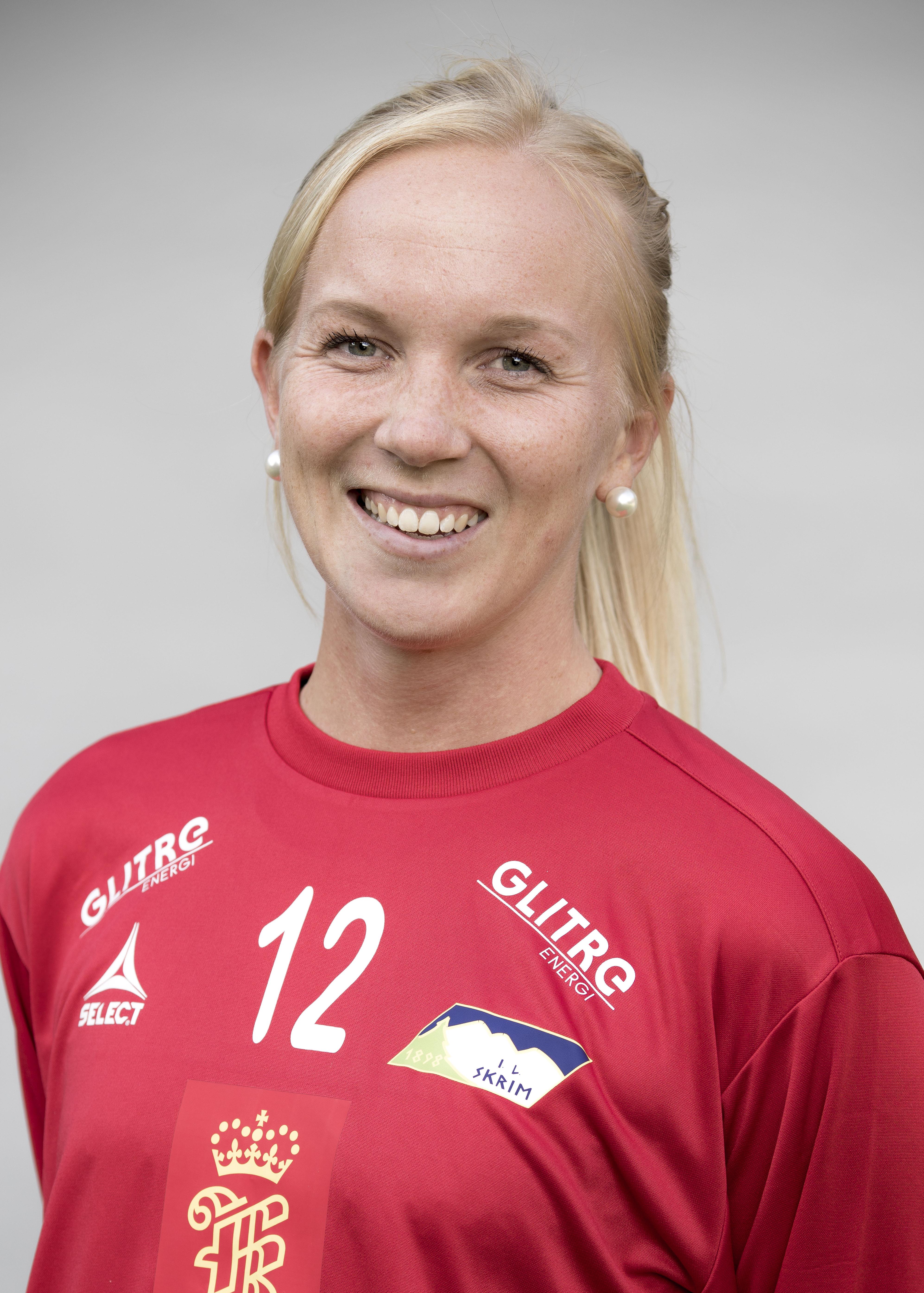 Karoline Warloff